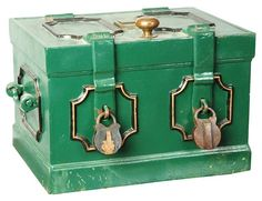 March 30th Auction. From the Guy Zani Jr. Safe Collection: Civil War Payroll Strong Box. Circa 1865. With key lock in top and two period padlocks. Weighs approximately 200 pounds. #CivilWar #StrongBox #GuyZani #MorphyAuctions