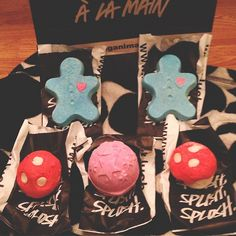 Love Lush Bath Bombs ♡ Man I miss the mushroom bubble bars those were my first and fav