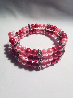 Pink and red beaded bracelet by KCstylejewelry on Etsy
