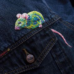 by @fiance_knowles⠀ .⠀ .⠀ .⠀ .⠀ .⠀ #embroidery #embroideryart #embroideryartist #fiberart #broderie #sewing #stitches #stitching #stitcher…
