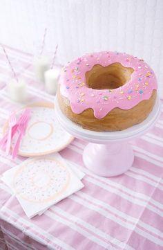 Amazing Giant Doughnut Cake