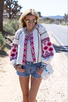 Cotton Floral Embroidered Tassel Blouse & Jacket - ChicBohoStyle – Chic Boho Style Boho Outfits, Fashion Outfits, Outfit Meaning, Hippie Look, Boho Girl, Hippie Dresses, Fashion Over 50, Blouses For Women, Boho Fashion