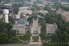 A view of the Old Main administrative building on the campus of Eastern Illinois University in Charleston, Illinois on July (Jay Grabiec) College Life, College Ready, Eastern Illinois, Love Mom, Alma Mater, Home And Away, Places To Travel, Places Ive Been, Maine