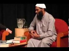 American Muslim became Christian after watching debate between Shabir Ally & Mike Licona - YouTube