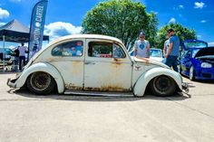 Slammed Vw beetle Audi Gt, Vw Fox, Volkswagen Beetle, Old Bug, 1967 Mustang, Cool Bugs, Triumph Spitfire, Car In The World, Vw Beetles