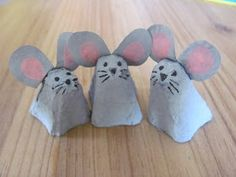 These little egg carton mice are having a lovely time, and when the kids have finished playing with them, t. Mouse Crafts, Egg Carton Crafts, Pet Mice, Holiday Crafts For Kids, Paper Crafts, Diy Crafts, Animal Projects, Yellow Painting, Crafts