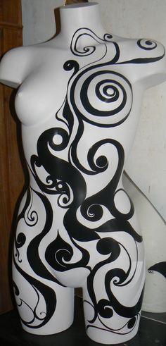 Mannequin'arabesque Mannequin Art, Vintage Mannequin, Dress Form Mannequin, Pop Art, Metal Art Projects, Art Vintage, Fashion Themes, Decoration Design, Mosaic Art