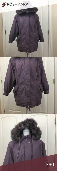 "Women Jacket Medium Parka Mauve Purple Fox Fur Great Vintage Condition (small defect inside collar)  Measurements: Length 31.5"" Sleeve Length 21.5"" Shoulders 19.5"" Armpit to Armpit 25"".  Women Jacket Medium Parka Mauve Purple Fox Fur Trim Dupont Thermoloft Insulation Vintage Jackets & Coats"