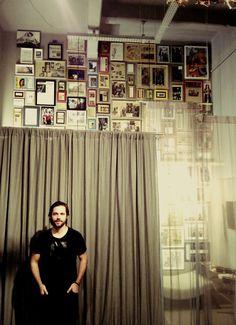 André veste Heroína - Alexandre Linhares   http://heroina-alexandrelinhares.blogspot.com.br/2013/06/andre-veste-heroina-alexandre-linhares.html