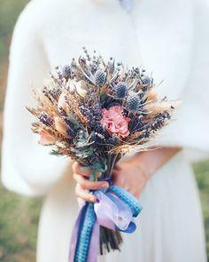 """2,193 Likes, 17 Comments - ♡ ГЛАВНЫЙ БЛОГ О СВАДЬБАХ ♡ (@weddywood) on Instagram: """"В тренде необычные находки во флористике: сухоцветы, необычные цветы, ягоды. Лавандовое вдохновение…"""""""