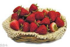Miniature Basket of Strawberries - Handmade 1:12 scale (01/28/2013)