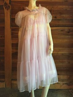 602de4478f1 Vintage Lingerie 1950s MISTEE by Campbell Chiffon Lavender Size Large  Nightgown and Robe Set
