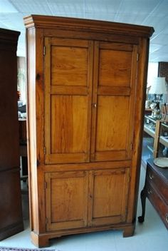 Antique Early American Period Pine Corner Cupboard, Late 18th Century