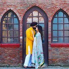 Punjabi Wedding Couple, Punjabi Couple, Wedding Couple Poses, Sikh Wedding, Pre Wedding Photoshoot, Couple Shoot, Wedding Shoot, Wedding Couples, Couple Dps