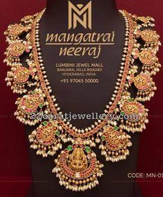 Lakshmi Gottapusalu Set my Mangatrai Jewelry Design Drawing, Gold Jewellery Design, Bridal Jewellery, Fancy Jewellery, Rhinestone Jewelry, Gold Jewelry, Gold Necklace, Diamond Jewelry, Diamond Pendant
