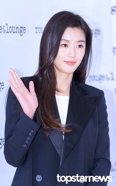 Jun Ji Hyun Hair, Jun Ji Hyun Makeup, Korean Actresses, Korean Actors, Actors & Actresses, Jun Ji Hyun Fashion, My Sassy Girl, Celebs, Celebrities