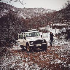 Primera excursión con nieve del 2016 #ValleDelJerte  #Extremadura  #gargantadelosinfiernos #landroverdefender by gargantadelosinfiernos Primera excursión con nieve del 2016 #ValleDelJerte  #Extremadura  #gargantadelosinfiernos #landroverdefender