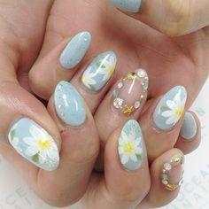 いいね!42件、コメント1件 ― オーシャンネイルさん(@ocean_nail)のInstagramアカウント: 「#oceannail#nail#ネイル#フラワーネイル#花柄ネイル#金山ネイルサロン#オーシャンネイル」
