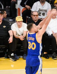 Pin for Later: Jack Nicholson and His Look-Alike Son Have a Boys' Night Out at the Lakers Game