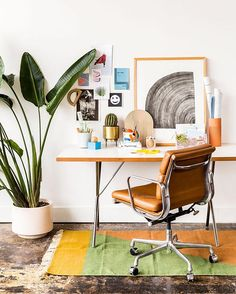 For all the adults out there without kids, this 'back to school' desk styling is for you. Sharing some of my favorite office / desk supplies today on the blog, along with how to tie them all together. #interiorstyled