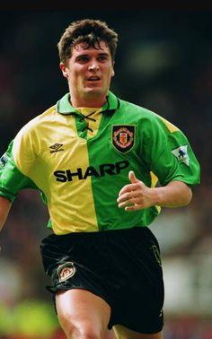 Football Icon, Football Soccer, Football Players, Roy Keane, Manchester United Players, Sir Alex Ferguson, Premier League Champions, Man United, The Unit