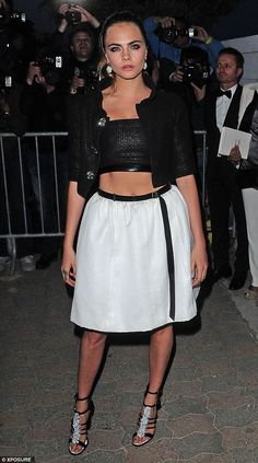 Cara Delevingne wows in crop top at Chanel dinner in Cannes 2015 | Daily Mail Online