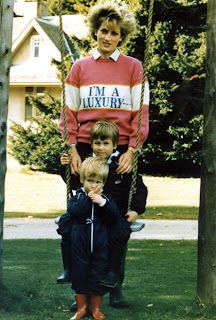 Lady Diana con i figli William e Harry.