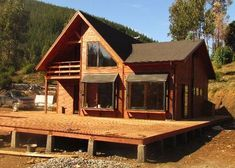 :: CASUR :: - Casas Prefabricadas Modelo Coliumo 3000 Rest House, Tiny House Cabin, Log Cabin Homes, House In The Woods, A Frame House Plans, Small House Plans, Bamboo House Design, Log Home Living, Small Modern Home
