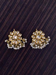 Beautiful Kundan Earrings With White Pearl