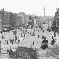 Dublin Street, Dublin City, Old Pictures, Old Photos, Vintage Photos, Photo Engraving, Buses, 1930s, Paris Skyline