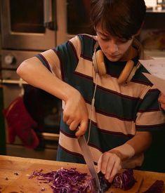 Noah cozinhando ❤