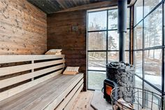 my scandinavian home: A Charming and Relaxed Swedish Summer Cabin By The Sea Swedish Sauna, Finnish Sauna, Swedish Cottage, Sauna Design, Summer Cabins, Bohemian Living Rooms, Living Room Furniture Arrangement, Rural Retreats, Getaway Cabins
