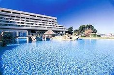Meliton Hotel Halkidiki is located in the private resort of Porto Carras on the west coast of the second peninsula Sithonia. The hotel is also close to the beach and nearest Neo Marmaris village.