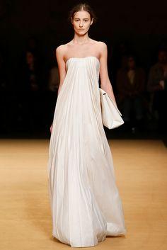 Sally LaPointe Fall 2015 Ready-to-Wear Fashion Show Elie Saab, Beautiful Gowns, Beautiful Outfits, Marchesa, Runway Fashion, Fashion Show, Zuhair Murad, Zac Posen, Wedding Dress Styles