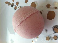 Bomb My Bath Fizzy by lovemybathcandy on Etsy, $2.50