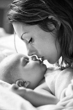 Prachtige foto van moeder en baby.