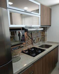 Mdf Fendi, Kitchen Storage, Kitchen Design, Sweet Home, Kitchen Cabinets, Studio, Home Decor, Washroom, Small Kitchens