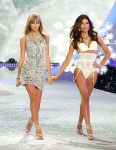 Taylor and the other VS gals looked amazing!   Victoria's Secret Fashion Show 2013