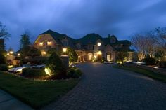 Exterior and Landscape Lighting - traditional - exterior - other metro - Doreen Le May Madden