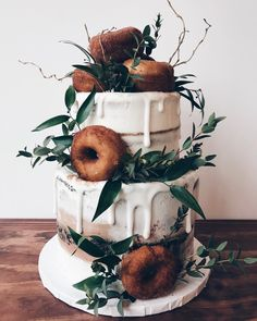 Couples who eat donut cakes together, stay together 👏🏽 congrats to Amanda Roc! Doughnut Wedding Cake, Wedding Donuts, Wedding Cakes, Plan My Wedding, Fall Wedding, Our Wedding, Dream Wedding, Wedding Ideas, Cheesecake Wedding Cake