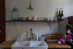 Kelly Lamb LA studio kitchen photographed by Ljoliet | Remodelista