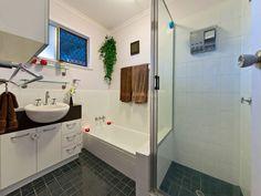 FOR SALE NOW: Arana Hills, 82 Narellan Street http://qldvr.com.au/11408643