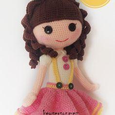 Amigurumi Little Bunny-Free Pattern - Tiny Mini Design Crochet Dolls Free Patterns, Crochet Doll Pattern, Doll Patterns, Ballerina Doll, Lalaloopsy, Little Doll, Yarn Over, Amigurumi Doll, Stuffed Toys Patterns