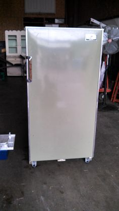"Kelvinator Masterpiece Refrigerator - ""Retro"""