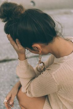 dolce_gabbana_shoes-mytheresa_dgxmytheresa-velvet_shoes-christmas_outfit-golden_little_dress-lpa-topknot-marni_maxi_earrings-cult_gaia-street_style-155