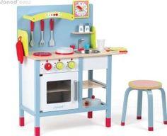 Janod Picnic kitchen `One size Fabrics : Wood, Metal, Plastic Kitchen: Length : 72 cm, Width : 30,5 cm, Height : 82 cm. Stool(s): Diameter : 31 cm, Height : 28,5 cm. Seat 22 cm. Details : 1 casserole, 1 pan, 1 oven glove(s), 1 cup, http://www.comparestoreprices.co.uk/january-2017-7/janod-picnic-kitchen-one-size.asp