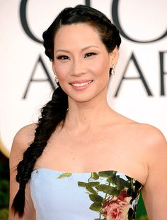 Lucy Liu's Golden Globes 2013 hairstyle. Click on the pic to find out how to get the look.