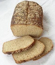 Delicious and Healthy Homemade Quinoa Bread Quinoa, a species of goosefoot, is a grain-like crop grown primarily for its edible seeds. It is a pseudocereal rather than a true cereal, or grain, as i. Raw Food Recipes, Bread Recipes, Quinoa Bread, Good Food, Yummy Food, Healthy Food, Bread And Pastries, Sweet Bread, Bread Baking