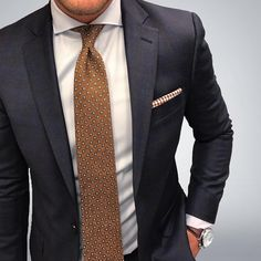 Tailored suit and vintage tie.