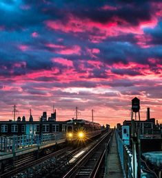 Seattle Skyline, New York Skyline, City Hall Station, Visit Philly, That's Love, Places To Travel, Philadelphia, Cities, Instagram